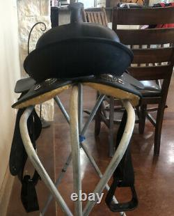 13 Wintec Western Saddle, In Excellent Condition