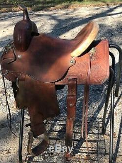 14 Courts Western Saddle