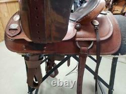 15.5 Used Crates Western Trail Saddle 304-1451