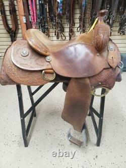 15.5 Used McCall Western Ranch Saddle 238-1722