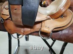 15.5 Used Rocky Mountain Western Trail Saddle 2-1247