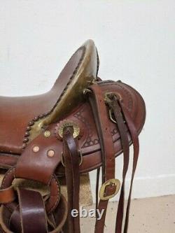 15.5 Used Sawtooth Saddlery Western Trail Santa Fe Saddle 377-2231