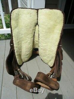 15'' BROWN SYNTHETIC Western Show or trail Saddle FQH bars
