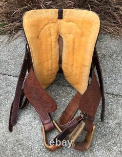 15 GARROUTTE (Circle G) Western Roping Saddle Oak Leaf Tooled