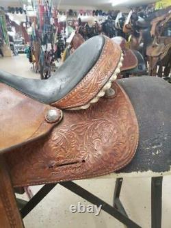 15 Used Hereford Western Barrel Saddle 2-1246