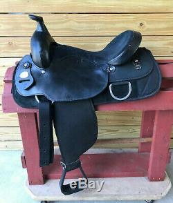 16 Black Fabtron Synthetic Cordura Lightweight Western Roper Trail Saddle FQHB