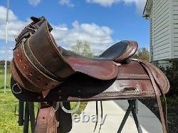 16 Circle Y Flex-Lite Western Trail Saddle Model 1551