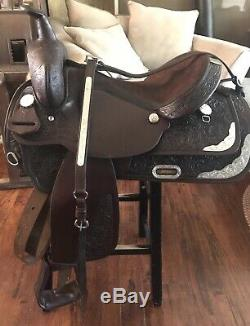 16 Circle Y Park And Trail Western Saddle Matching Breast Collar And Headstall