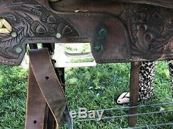 16 Circle Y Western Show Saddle Stunning