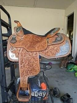 16 Dale Chavez Western Show Saddle in Excellent Condition