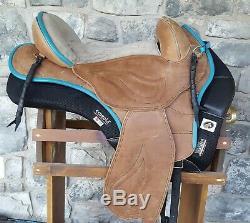 16 Sensation western sport treeless saddle, ecogold pad, sheepskin seat saver