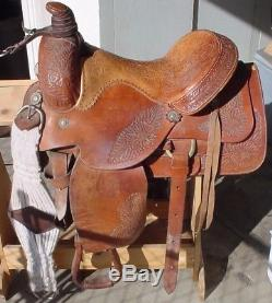16 inch roping saddle with padded seat