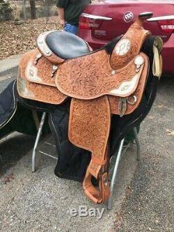 16inch Dale Chavez western pleasure show saddle & Rommel reins