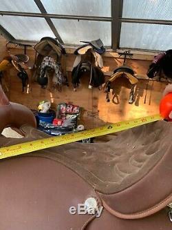 17 Wintec Brown Western Light Weight Horse Saddle Wide Gullet Stirrups