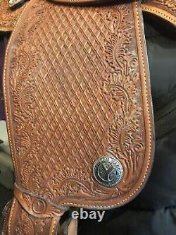 Beautiful 16 Circle Y Western Show Saddle