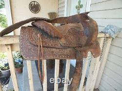 Beautiful Tooled Leather Western Horse Saddle 14.5 seat #CF REDUCED