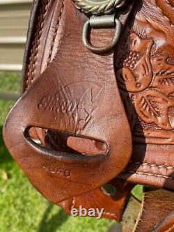 Beautiful Used/vintage Simco 15.5 tooled/silver laced Western Arab saddle VGC