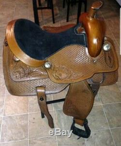 Beautiful Western Pleasure Show Brown 15 Equestrian Trail Riding Roping Saddle