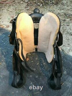 Big Horn Model 1670 Trail /Gaited Black 16 Western Saddle