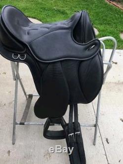 Black Forest Treeless Saddle Aspen Western/Eng Hybrid Sz 17+Treeless Pad+Cinch
