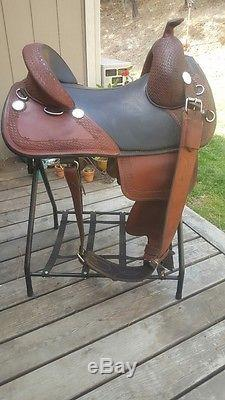 Bob Marshall Treeless Sports Saddle Wrangler Model