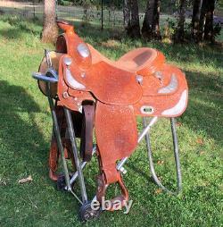 Broken Horn Western Pleasure/ Equitation Show Saddle 16 seat, light oil