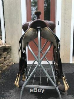 Circle Y 16 Round Skirt Park and Trail Western Saddle w Wide Gullet
