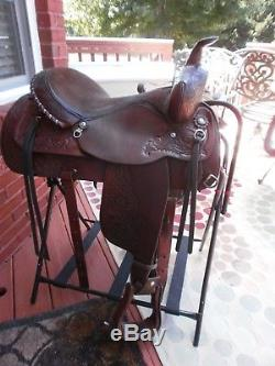 Circle Y 16 seat, SQHB Saddle in very good condition