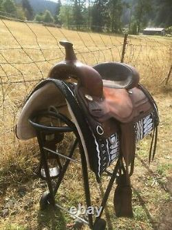 Circle Y Park & Trail Western Saddle 16 seat 7 gullet FQHB