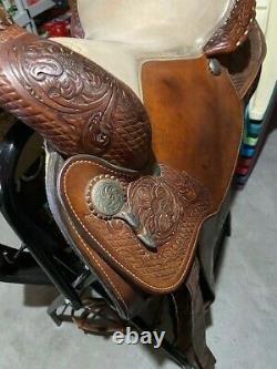 Circle Y Western Pleasure Equitation Show Brown 15.5 Western Equestrian Saddle