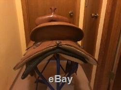 Circle y western saddle 16 seat
