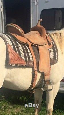 Corriente Barrel Saddle 15.5 Inch