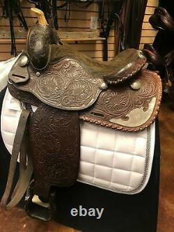 GENTLY USED-Maverick by Longhorn Western Saddle 15in Seat