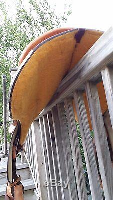 Gently Used Dale Chavez Western Saddle 16 Full Quarter Horse Bars