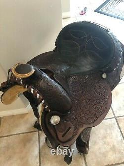Gorgeous Circle Y Saddle Western 15.5 Inch Beautifully Tooled Horse Saddle