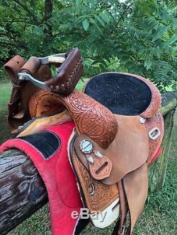 Martha Josey Circle Y Hiphugger Round Barrel Saddle 15 in