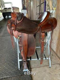 McCalls Wade 98 Saddle 16 seat. Great condition, used