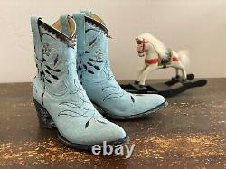 Old Gringo Short Saddle Blue Embroidered Boots Yippee Ki Yay Collection 7.5b
