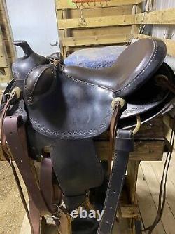 Parelli Used Saddle /PARELLI NATURAL PERFORMER WESTERN SADDLE