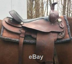 Simco Western Saddle model 8250, 17 inch seat