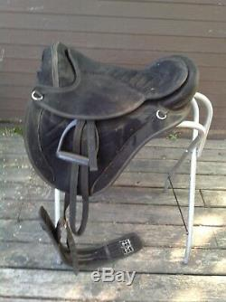 Synthetic Suede Western Treeless Saddle Unisex 18- Black Comes with girth