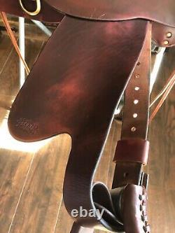 Tucker 262 Gen II High Plains Flex Trail Western Saddle, Seat Size 16.5