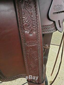 Tucker Western Trail Saddle 17. 5 Mahogany Barely Used Wide Tree Horse Saddle