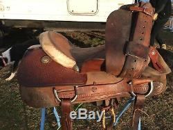 Used / vintage 16.5 Billy Cook Western reining saddle US made