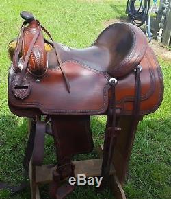 Very Nice Smooth Seat Martin Western Trail Saddle