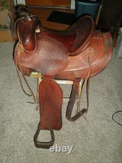 Vintage 15 Colorado Saddlery Western Saddle