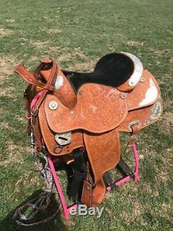 Western Show Saddle 15.5