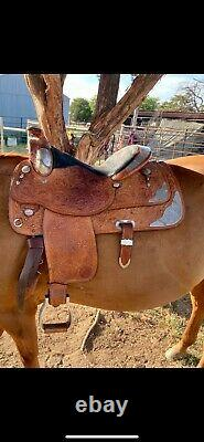 Western Show Saddle 16 inch Circle Y Horse Saddle Great Condition OBO