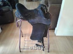 Wintec Pro Stock Saddle with Swinging Fenders